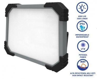 Rekflektor szerelőlámpa 220V SMD LED (120 LED)