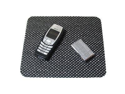 Telefontartó - csúszásgátló pad